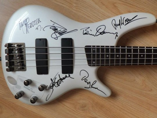Thin Lizzy Ibanez Bass for auction
